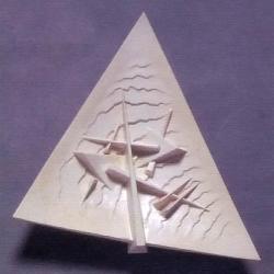Arnaldo Pomodoro (2003) - Piatto Triangolare scultura